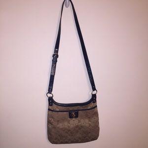 Coach F1221-F19258 Crossbody Bag